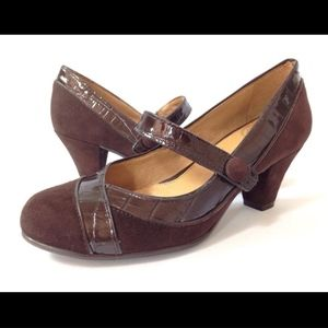 Nurture Greta 6M Brown Mary Jane Pumps Heels Shoes